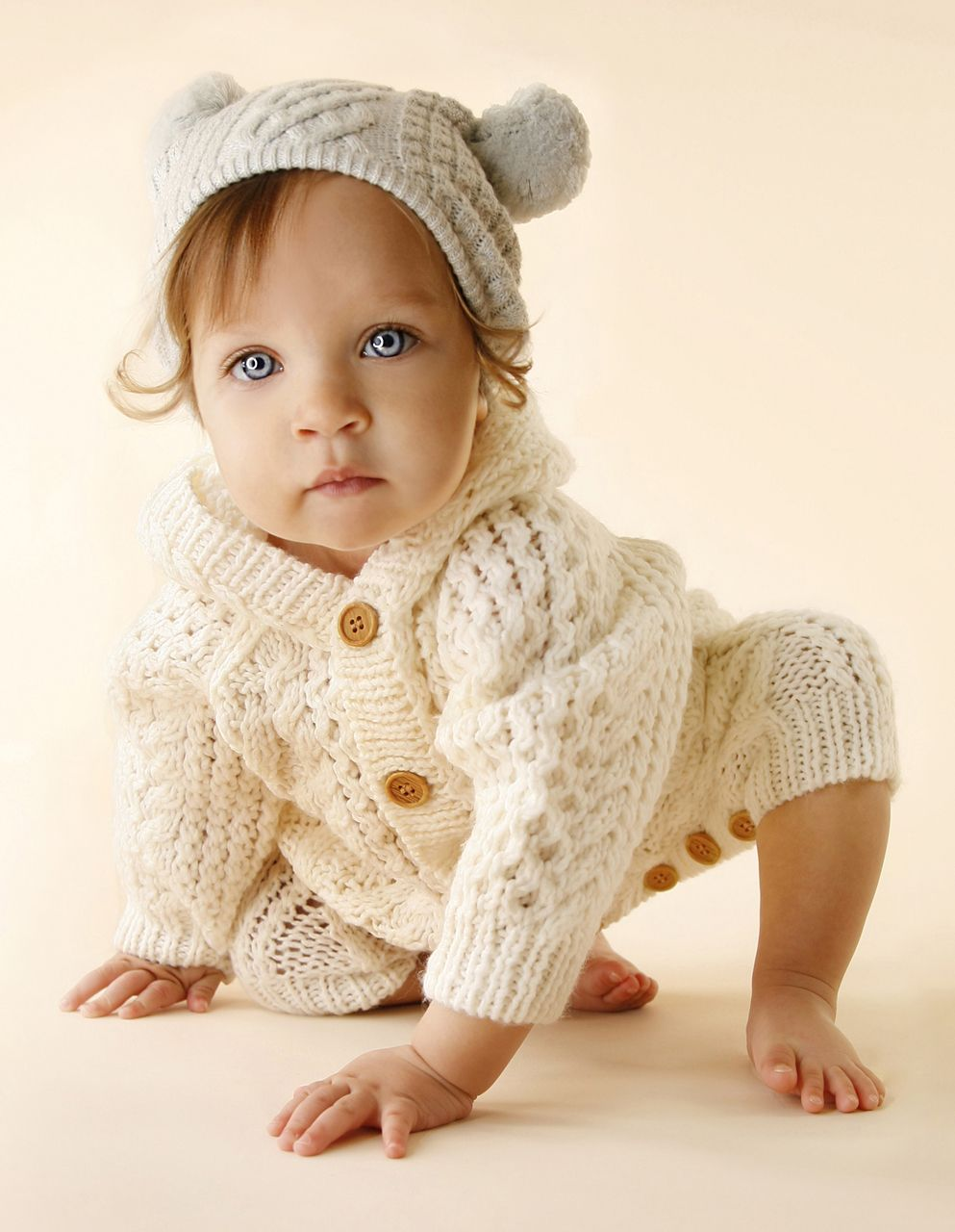 And clothes to create the most beautiful baby portraits le studio nyc is also a certified member of the american association of newborn photography